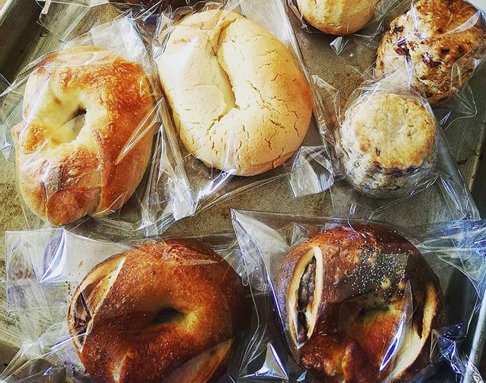 876BAKERY パン